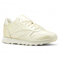 Reebok Classic Leather Shoes Womens Mid-Washed Yellow CN5469