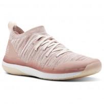 Reebok Ultra Circuit TR ULTK LM Studio Shoes Womens Chalk Pink/Pale Pink/White CN5952